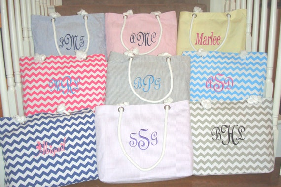 8 Personalized Bridesmaid Gift Wedding Totes - Mix and Match Bag Colors