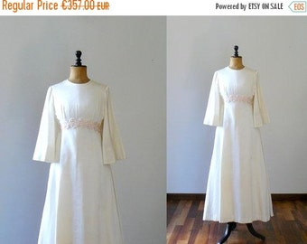 40% OFF SALE // Vintage 1960s wedding dress. Mod 60s full length wedding dress with underskirt