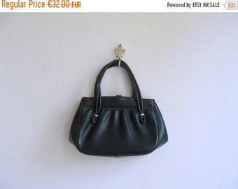CLOSING SHOP 50% SALE / Vintage 1950s handbag. 50s black leather purse