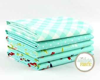 "Vintage Picnic - Aqua - Fat Quarter  Bundle - 5 - 18""x21"" Cuts - Bonnie and Camille - Moda Quilt Fabric"