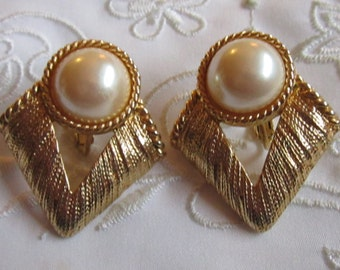 Vintage Gold Tone Large V-Shaped Clip On Earrings with Domed Faux Pearl Bead