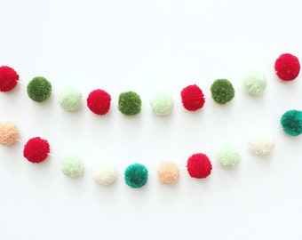 Christmas pom pom garland (your choice of 2 color combinations)