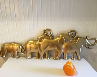 ELEPHANT WALL ART Marching Elephants Wall Art Syroco Style 1960s, Elephant Parade Mid Century Modern, Modern, Zen, Bollywood at Modern Logic