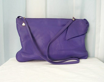 1980s Vintage Shoulder Bag Purple Leather Big Bow Fun Clutch