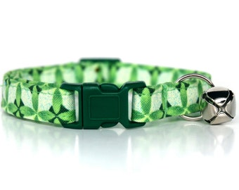 Green Geometric,, Green Cat Collar, with a matching green breakaway buckle