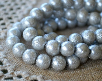 33pcs 12mm Silver Glass Pearl Bead Textured Round 16 in Strand