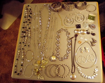 Vintage Lot 32 Silver Tone Necklaces Bracelets Earrings Ring Scarf Clip Chunky Wide Bracelets 8401