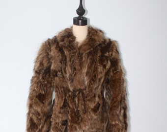 1970s Canadian Coyote Fur Coat . Vintage 60s 70s Lush Thick Canadian Coyote Fox Wolf Fur Jacket . Size Small Medium