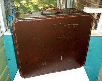 Vintage Brown Large Square Suitcase No Name would make great side table or coffee table or just great storage and display