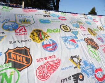 Bibb vintage Twin flat and fitted sheets HOCKEY sheets Red Wings Black Hawks Bruins, Rangers Seals Kings Penguins Canucks Maple Leafs Flames
