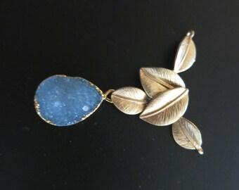 Druzy pendant, Druzy Geode pendant, Agate slice pendant, Gold Plated druzy agate Pendant, Matt gold plated brass with druzy pendant IMG-0181