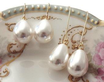 Gift Pearl earrings Pearl teardrop earrings Pearl earrings dangle Pearl drop earrings Bridesmaid earrings Pearl earrings wedding Gift