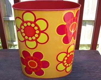 Vintage Cool and Retro Cheinco Metal Flower Power Metal Wastebasket Trash Can