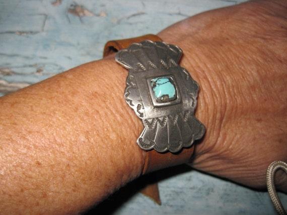Sundance Leather Turquoise Stone Cuff Bracelet with Gift Box We Ship To FRANCE