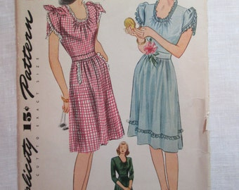 "Antique 1944 Simplicity Pattern #1018 - size 36"" Bust"