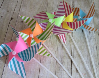 Paper Pinwheels Rainbow Favors Birthday Favors Rainbow Stripe Pinwheels Baby Shower Table Centerpiece Photo Prop Birthday Decorations