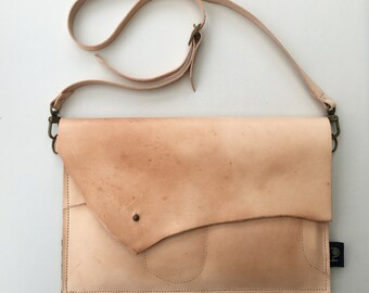 ipad/travel case/clutch in leather