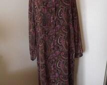 50% OFF SALE Vintage Silhouettes Dress Size 16