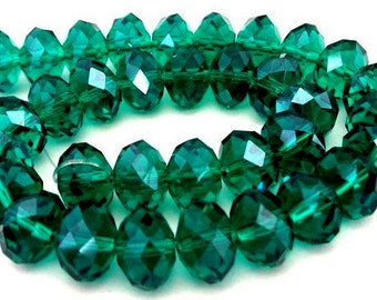 16 emerald green 10mm beads, 10mm green crystal rondelles, Chinese crystal, green Christmas beads