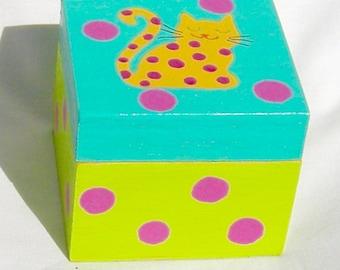 Cute Cat Tiny Treasure Box
