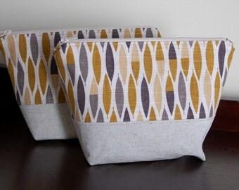 Geometric Zipper Pouch. Modern Geometric Zipper Bag, Gold Tan Linen Zippered Pouch, Modern Cosmetic Bag, Bridesmaid Gift