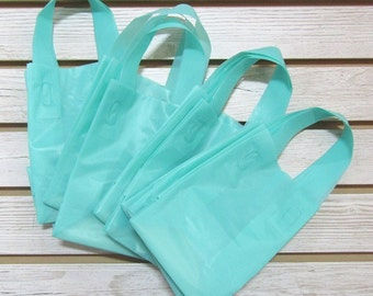 20 Pack Aqua Soft Loop Handle Bags (5 x 6 in.) // BOUTIQUE CHIC //