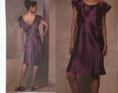 Vogue Dress Pattern V1138/Tom and Linda Platt Designer/Size 6-8-10-12