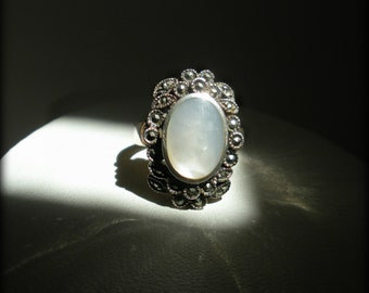 Marcasite and Mother of Pearl Ring