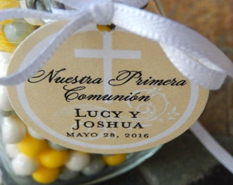 """Nuestra Primera Comunion Spanish Communion Favor Tags - For Cake Pops - Lollipops - Cookies - Catholic Party Favors - (24) 1.5"""" Printed Tags"""