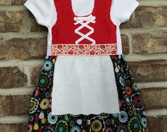 Dirndl in red and navy floral