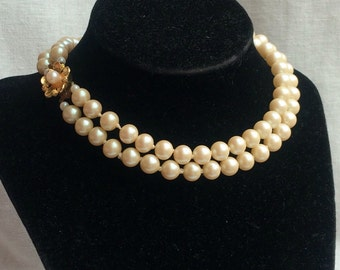 Vintage Double-strand Faux Pearl Necklace Flower Clasp