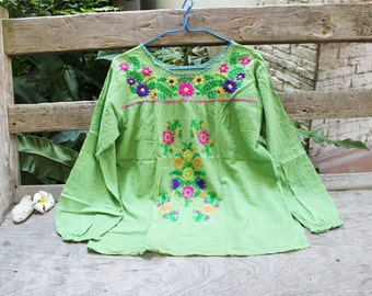 L-XL Long Sleeves Bohemian Embroidered Top - Green