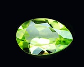 PERIDOT  (30416) -   Sparkling 6 x 4mm Lovely Green Peridot Pears - Faceted