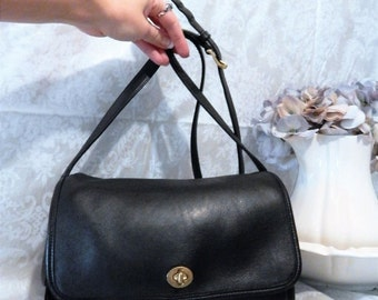 DISCOUNTED Everyday Fabulous Vintage Authentic COACH ~Rich Black Thick Leather ~ Simple and Sleek Crossbody Messenger~ Made in USA