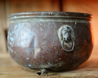 Vintage Copper Footed Planter with Lion Head Handles / Rustic Home Decor