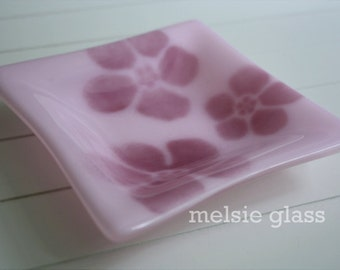 Pink Hibiscus delicate glass anything dish, jewelry holder, pink accent, ruby flowers