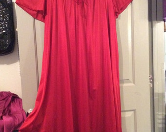 Long red nightgown nylon 3X Full sweep/flutter sleeves lace ruched top Anthony Richards