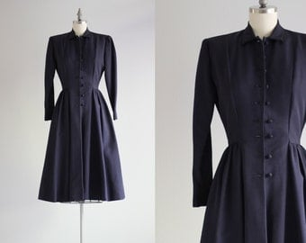Vintage 1940s Coat . Navy Blue Long Coat . Full Skirt Overcoat