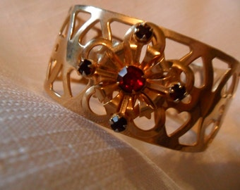 Antique Collectible Red Rhinestone Gold Tone Cuff Bracelet