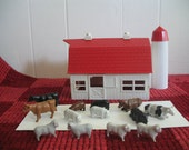 Vintage Bachmann Plasticville Barn with 13 Animals, Christmas Railroad Platform