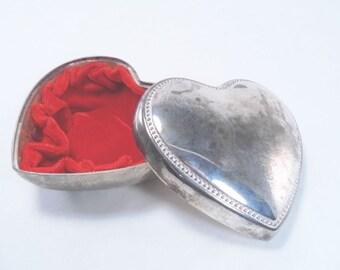 Heart Shaped Velvet Lined Jewelry Box Vintage 80s
