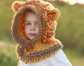 Lion Hooded Cowl, Child cowl, Crochet Lion Cowl, Animal Hat, Lion hat, chunky animal scarf, hood for toddler, child, adult Boys and girls