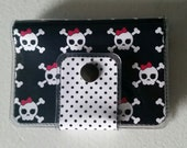 Cash/Card Wallet - Skulls/Walla Wallat, rocker, christmas, gift, steampunk, pink, black, ID case, card/cash case, vinyl wallet, snap wallet