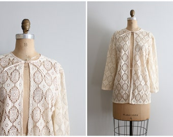 1950s cream crochet lace jacket - ladies 50s summer cardigan / Country Bride - vintage 1950s jacket / bridal jacket - summer topper