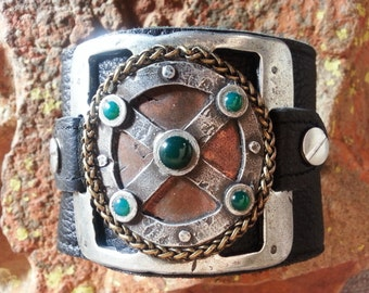 Mens leather wristband / cuff / bracelet