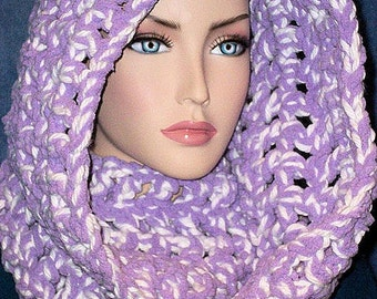 Purple Crochet Infinity Scarf, White Crochet Infinity Scarf, Chunky Infinity Scarf, Purple Crochet Scarf, Plush Scarf, Chenille Scarf