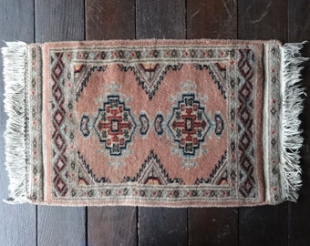 Vintage Tunisian African Hand Tied Small Decorative Mat Carpet Rug circa 1950-60's / English Shop