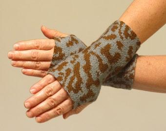 Merino Wool Wrist Warmer Fingerless Gloves, Gray and Brown