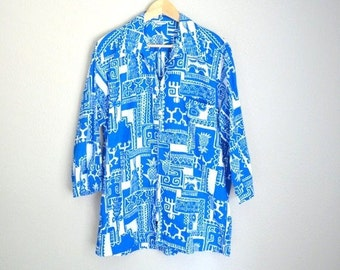 July SALE - 15% Off - Vintage 60s 70s Blue White Tiki Pinapple Hawaiian Barkcloth Shirt Tunic // mens large