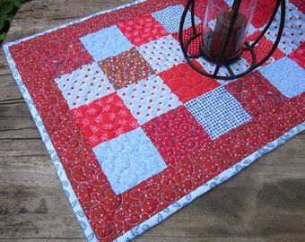 Patchwork table runner, red, blue